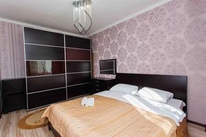 2х комнатная посуточно ул. Сарайшык 5Е - Изображение #2, Объявление #1664960
